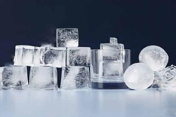بازی های جنسی با یخ